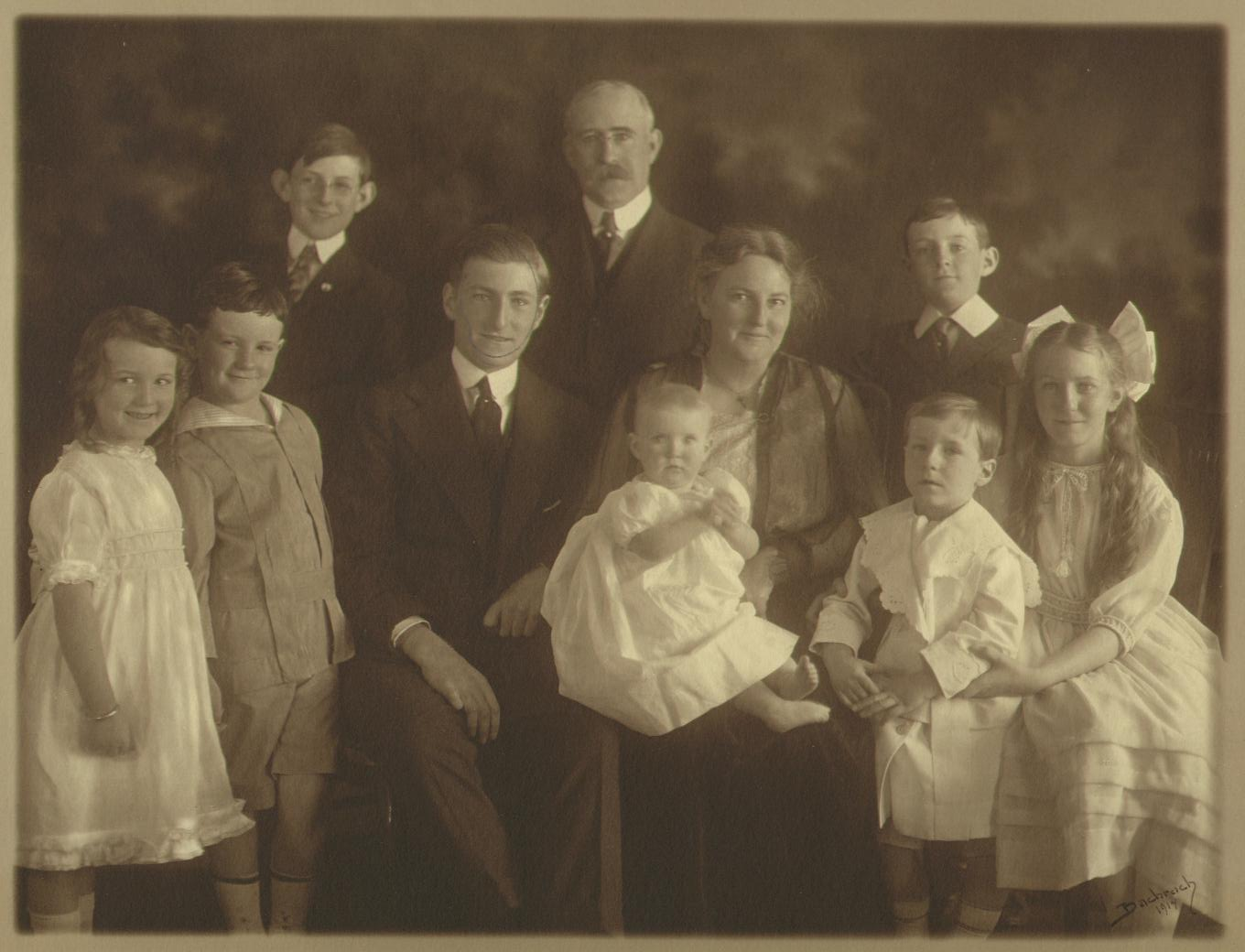 Doctor J. P. Cooney and family, 1919